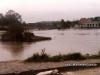 Enchente de 1983, ao fundo a Ponte Rodrigo Ajace