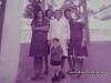 Grupo Escolar Barão de Antonina - De branco dona Alice Pereira, ao seu lado (direita) dona Jacilda, atrás dona Antonia