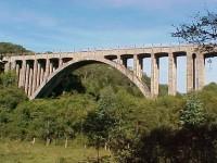 Estrada Vila Ruthes