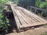 Pontes que unem. E também separam!